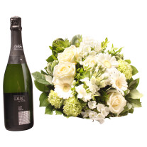 White bouquet with Cava